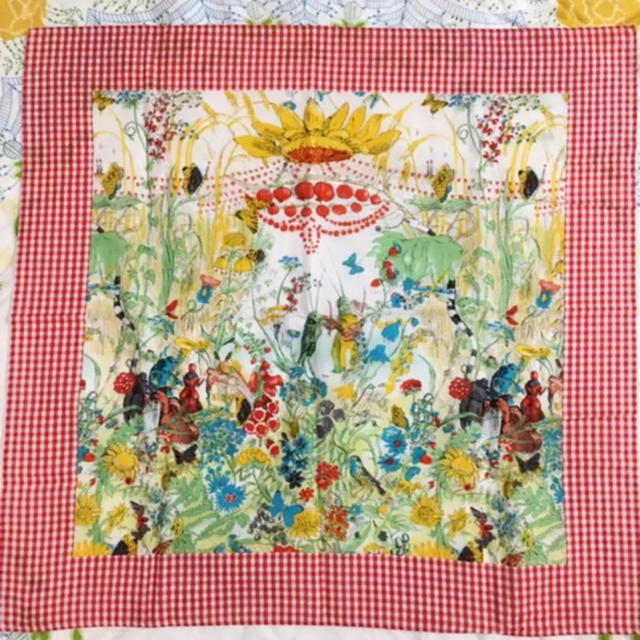 TSUMORI CHISATO(ツモリチサト)のTSUMORI CHISATO 大判ハンカチ レディースのファッション小物(ハンカチ)の商品写真