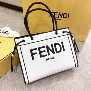 FENDI - 本日限定FENDI California Sky  トートバッグ