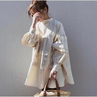 トゥデイフル(TODAYFUL)のupper arm frill blouse(シャツ/ブラウス(長袖/七分))