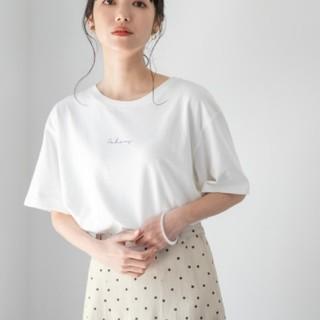 LOWRYS FARM - LOWRYSFARM ローリーズファーム TシャツレタリングTEE ホワイト