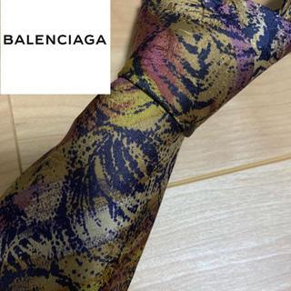 バレンシアガ(Balenciaga)のネクタイ(ネクタイ)