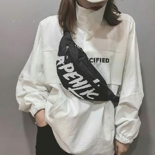 ショルダーバッグ 韓国 ウエストポーチ 斜め掛け 黒 ブラック ロゴ
