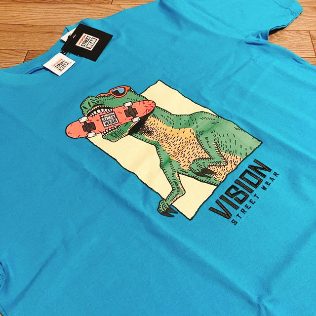 VISION 恐竜Tシャツ キンプリ 平野紫耀 未満警察着用 メンズのトップス(Tシャツ/カットソー(半袖/袖なし))の商品写真