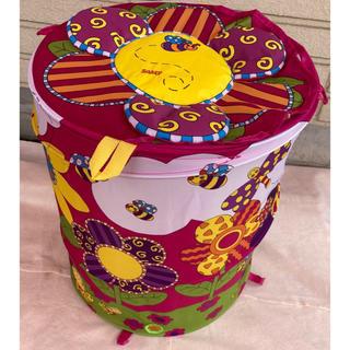 サッシー(Sassy)の新品 未使用 サッシー 降りたたみおもちゃ箱 ポップアップフラワー(その他)