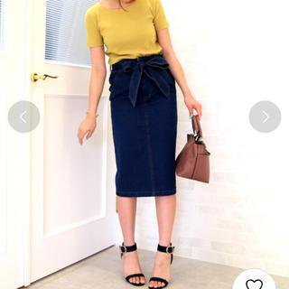 エヌナチュラルビューティーベーシック(N.Natural beauty basic)のリボン付きデニムタイトスカート(ひざ丈スカート)