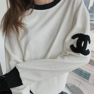 CHANEL - 新品のセーター