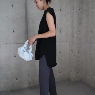 ENFOLD - ella_selectshop sleeveless round hem T