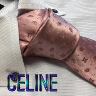 セリーヌ(celine)のセリーヌ ネクタイ【美品】CELINE  光沢 ブランドロゴ柄(ネクタイ)