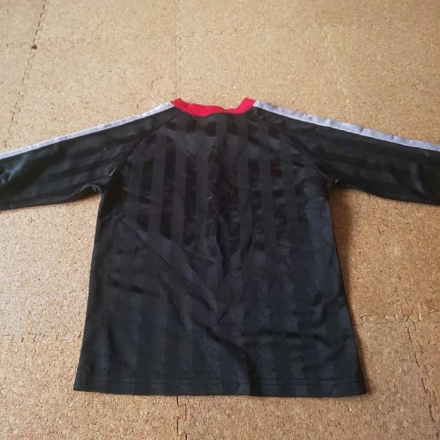Champion(チャンピオン)のチャンピオン ロングTシャツ サッカー 120 スポーツ/アウトドアのサッカー/フットサル(ウェア)の商品写真