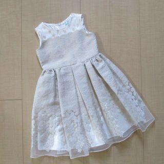 TOCCA - 子供服 トッカ TOCCA 刺繍ワンピース 110 ドレス 美品