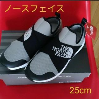 THE NORTH FACE - 【新品❤週末限定セール❗】ノースフェイス タグ付きスニーカー 25cm