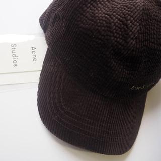 アクネ(ACNE)のACNE STUDIOS カーリー ロゴ コーデュロイキャップ 帽子 新品未使用(キャップ)