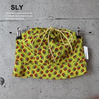 スライ(SLY)の売切り!SLY 新品 BLANCHES GATHER BUSTIER YEL(ベアトップ/チューブトップ)