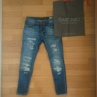 バーニーズニューヨーク(BARNEYS NEW YORK)の美品 最高級 BARONIO デニム ジーンズ サイズ30 布袋付き ダメージ(デニム/ジーンズ)