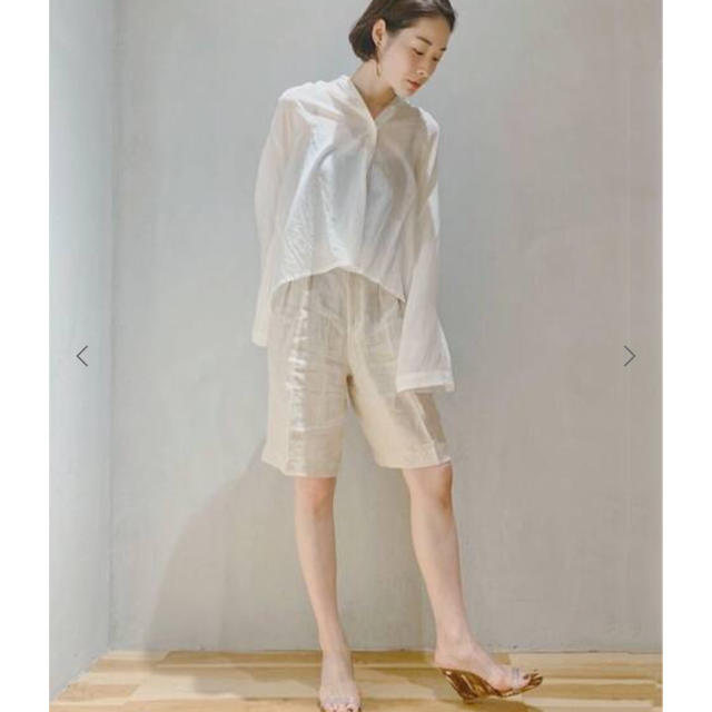 Plage(プラージュ)の一度使用 美品 enrica エンリカ flare sleeve ブラウス レディースのトップス(シャツ/ブラウス(長袖/七分))の商品写真