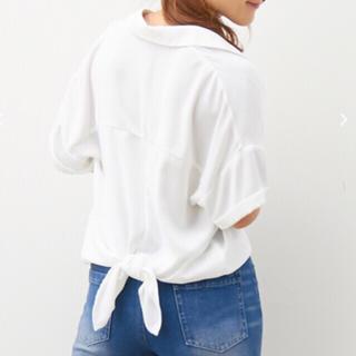 アラマンダ(allamanda)の新品!アラマンダ*バックリボン半袖とろみシャツ*ホワイト(シャツ/ブラウス(半袖/袖なし))