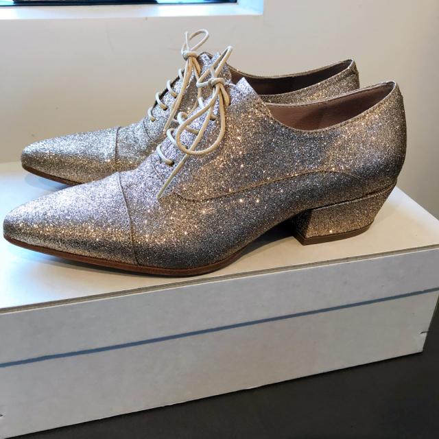 GOLDEN GOOSE(ゴールデングース)のgolden goose ゴールデングース レディースの靴/シューズ(ハイヒール/パンプス)の商品写真