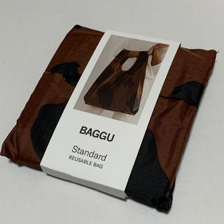 ドゥーズィエムクラス(DEUXIEME CLASSE)の新品未使用 BAGGU Standard 牛 カウ ブラウン×ブラック(エコバッグ)