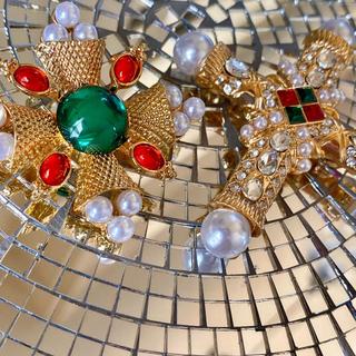 ヴィヴィアンウエストウッド(Vivienne Westwood)の最終値下げ ◦✧ブローチセット✧◦ ビジュー×パール ゴールド グロッシーカラー(ブローチ/コサージュ)