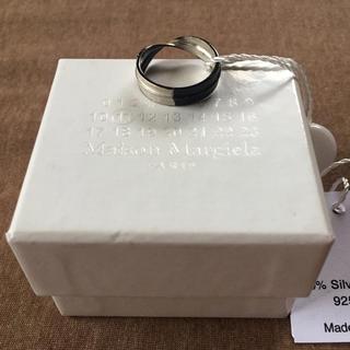 マルタンマルジェラ(Maison Martin Margiela)の新品 メゾン マルジェラ 2トーン ツイスト リング シルバー ブラック メンズ(リング(指輪))