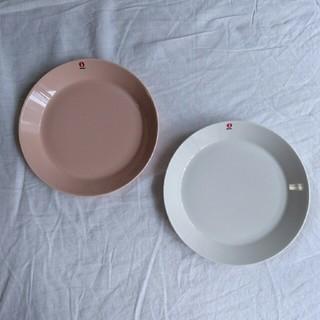 イッタラ(iittala)のイッタラ ティーマ 21センチプレート パウダー&ホワイト 新品 未使用(食器)