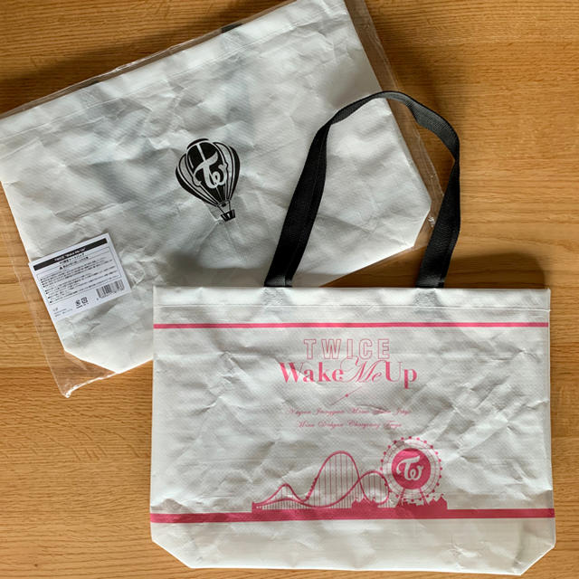 Waste(twice)(ウェストトゥワイス)のTWICE  ビニールバック エンタメ/ホビーのCD(K-POP/アジア)の商品写真