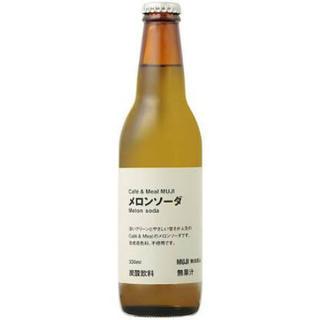 ムジルシリョウヒン(MUJI (無印良品))のメロンソーダ 瓶 無印 (ソフトドリンク)
