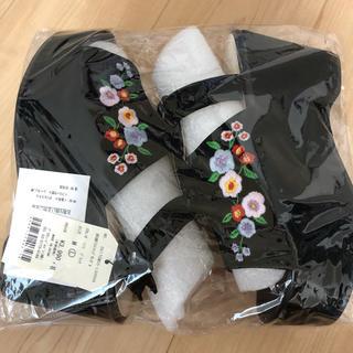 ウィゴー(WEGO)のWEGO☆新品未使用☆ブラック厚底サンダル(サンダル)