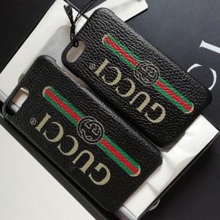 グッチ(Gucci)の正規店購入グッチ★ ロゴ  iPhone 8 & 8Plus 新品、箱付き黒(iPhoneケース)