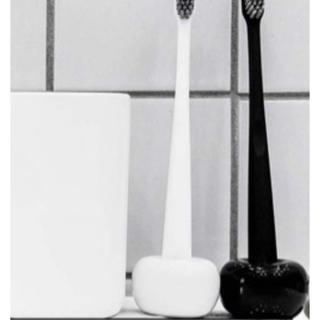 新品未使用♡歯ブラシスタンド 2個セット(歯ブラシ/デンタルフロス)