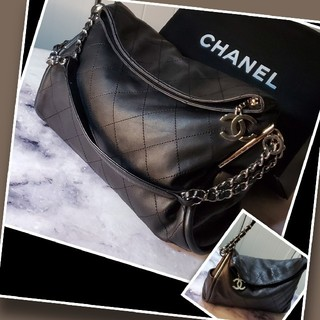 CHANEL - 【素❥敵な品】CHANEL バッグ/チェーンショル♤ダーバッグ