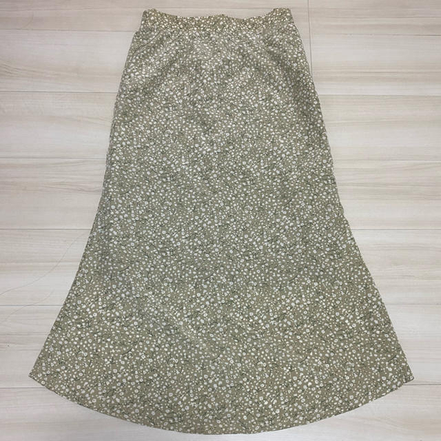 URBAN RESEARCH(アーバンリサーチ)のアーバンリサーチのロングスカート レディースのスカート(ロングスカート)の商品写真