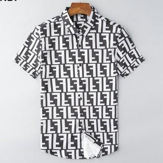 FENDI - オススメ FENDIフェンディ Tシャツ 半袖 M