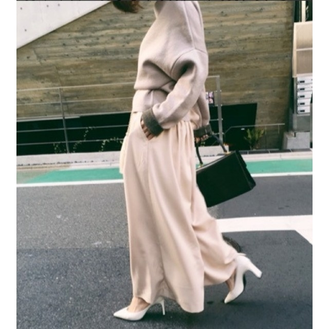 Ameri VINTAGE(アメリヴィンテージ)のAmeri【未使用】ロングフレアパンツ レディースのパンツ(カジュアルパンツ)の商品写真