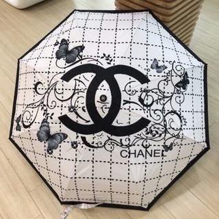 CHANEL - CHANEL◔ ◕ 折りたたみ♢傘