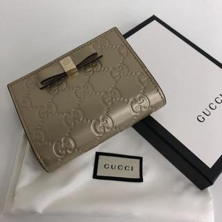 グッチ(Gucci)のグッチ カードケース グッチシマ リボン ゴールド財布 コンパクトウォレッ(名刺入れ/定期入れ)