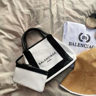 Balenciaga - 新品人气ハンドバッグBalenciaga