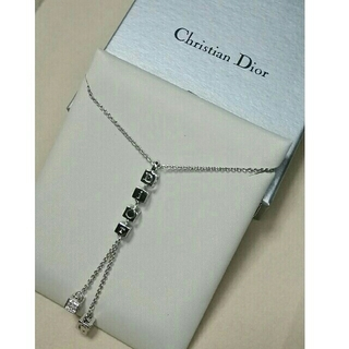 クリスチャンディオール(Christian Dior)のディオール★ロゴネックレス★シルバー(ネックレス)