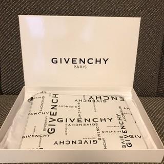 ジバンシィ(GIVENCHY)のGIVENCHY クラッチバッグ(セカンドバッグ/クラッチバッグ)