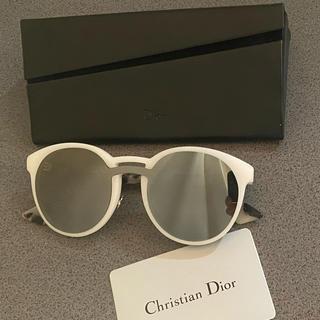 Dior - 土日限定お値下げ中‼︎ Dior サングラス 白 ミラー