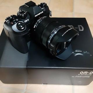 オリンパス OM-D EM1 MARK2 12-40mm