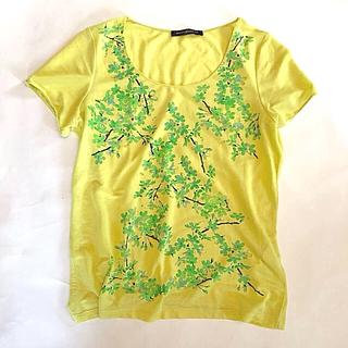 バレンシアガ(Balenciaga)のBALENCIAGA  T'S  バレンシアガ Tシャツ   花柄(Tシャツ(半袖/袖なし))