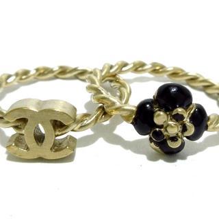 シャネル(CHANEL)のシャネル リング 金属素材 ゴールド×黒(リング(指輪))