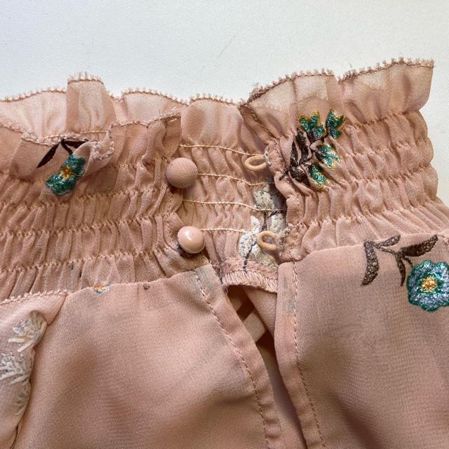 Lily Brown(リリーブラウン)の【処分価格】lilybrownリリーブラウン ブラウス レディースのトップス(シャツ/ブラウス(長袖/七分))の商品写真