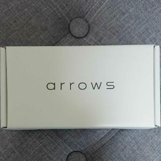 アローズ(arrows)の富士通 Arrows M05(スマートフォン本体)