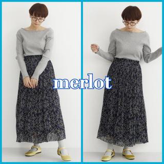merlot - 売り切りセール!!【新品】メルロー フラワーシフォンプリーツスカート ネイビー