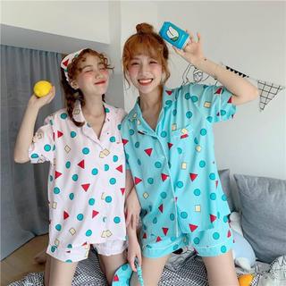 【お家でも可愛いく】クレヨン しんちゃん風 パジャマ ルームウェア