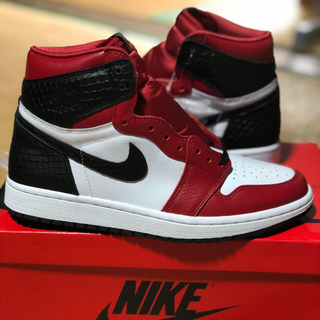 NIKE - 25 WMNS AIR JORDAN 1 OG SATIN RED サテンレッド