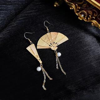 VIVIENNE TAM - gold fan ピアス【1点のみ】