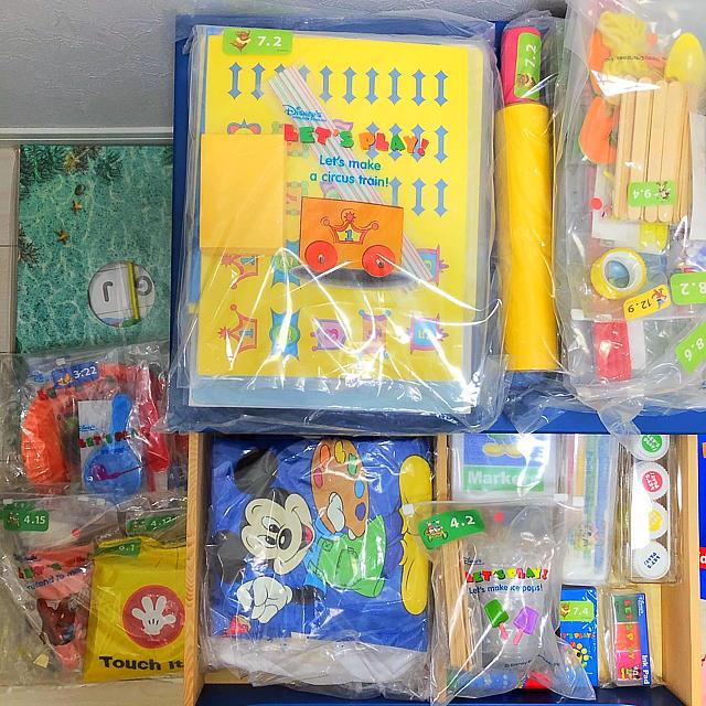 Disney(ディズニー)の【おもちゃ付き】レッツプレイセット ディズニー英語 DWE キッズ/ベビー/マタニティのおもちゃ(知育玩具)の商品写真